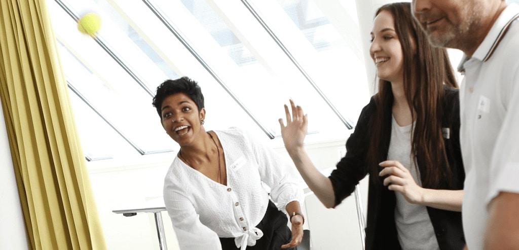 Praxisinhaber und Führungsteam im starken Schulterschluss – Teamseminar für die Führungsspitze | Fortbildungsangebot für Führungskräfte in der Zahnarztpraxis