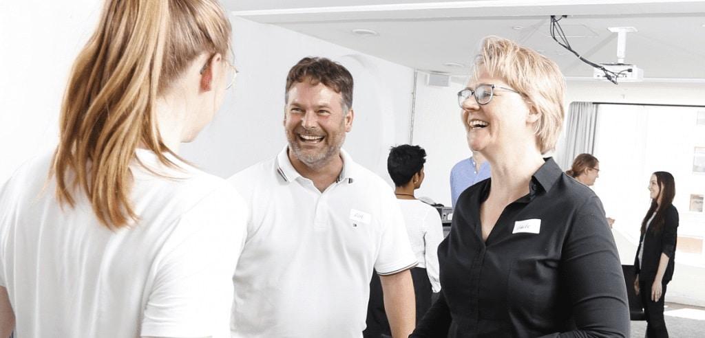 Mitarbeitergespräche in der Zahnarztpraxis wirksam führen | Fortbildungsangebot für Führungskräfte in der Zahnrztpraxis